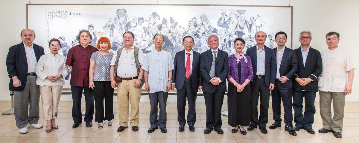 2015年8月,攜手台灣羲之堂於台北國父紀念館逸仙畫廊舉行【寂寞修正果】。