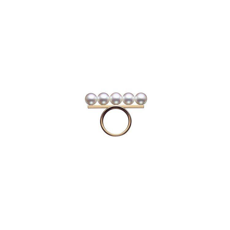 TASAKI balance signature 珍珠櫻花金戒指,83,900元...