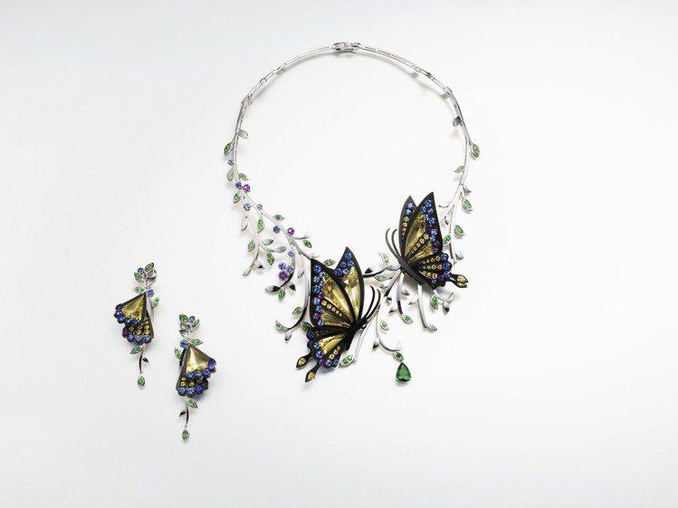 首度來台的TASAKI operatic diva彩寶項鍊537萬元、彩寶耳環1...
