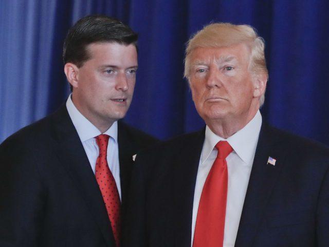 波特(左)是川普的諫臣,可是離開白宮了。 (美聯社)