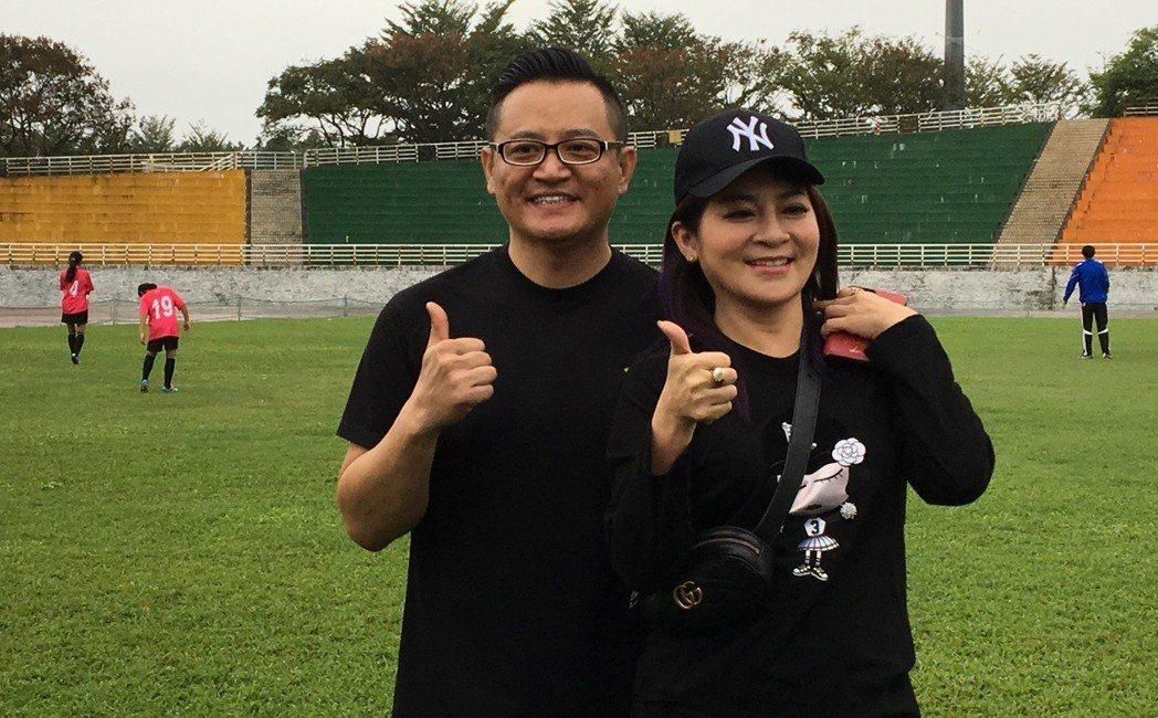 藝人王彩樺(右)跟老公黃品文(左)。聯合報系資料照 記者徐庭揚/攝影