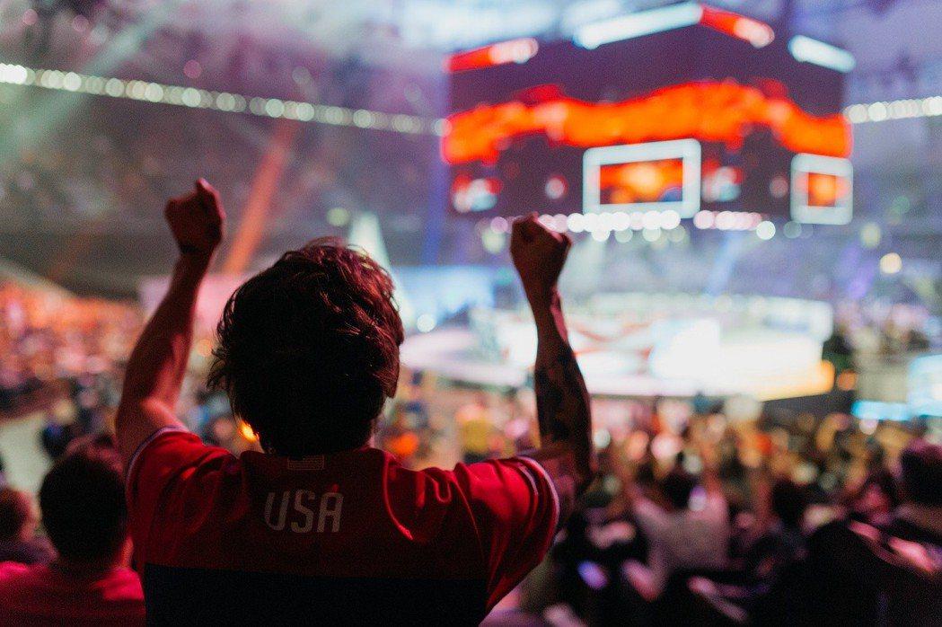 玩家能在BlizzCon 世界級競賽中為最愛的電競明星喝采