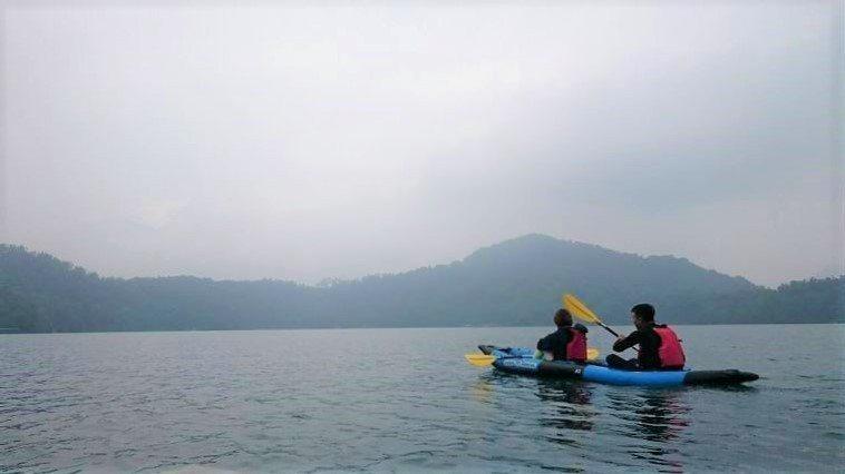 ▲日月潭獨木舟體驗。(圖/Tripbaa趣吧!亞洲自由行專家)