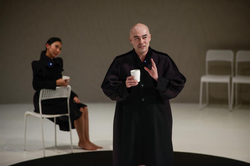 這部《1984,三姊妹一家子的日子》是台灣「莎妹劇團」、日本「第七劇場」發起的「...