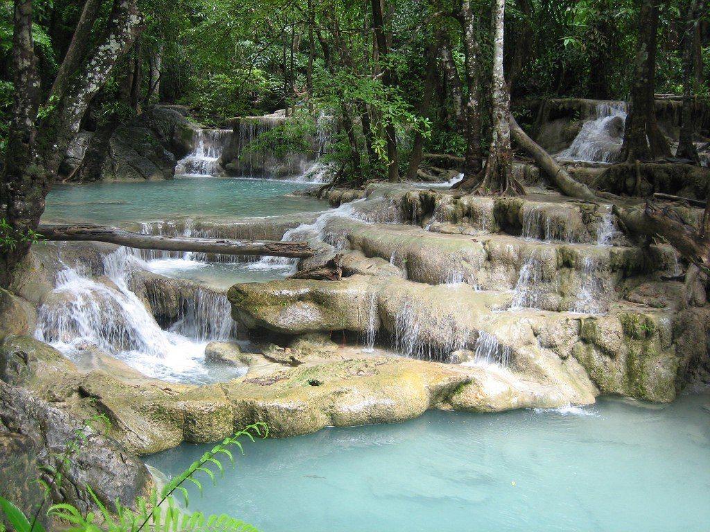 ▲泰國北碧府七層瀑布。(圖/攝影者:Todd Huffman, Flickr C...
