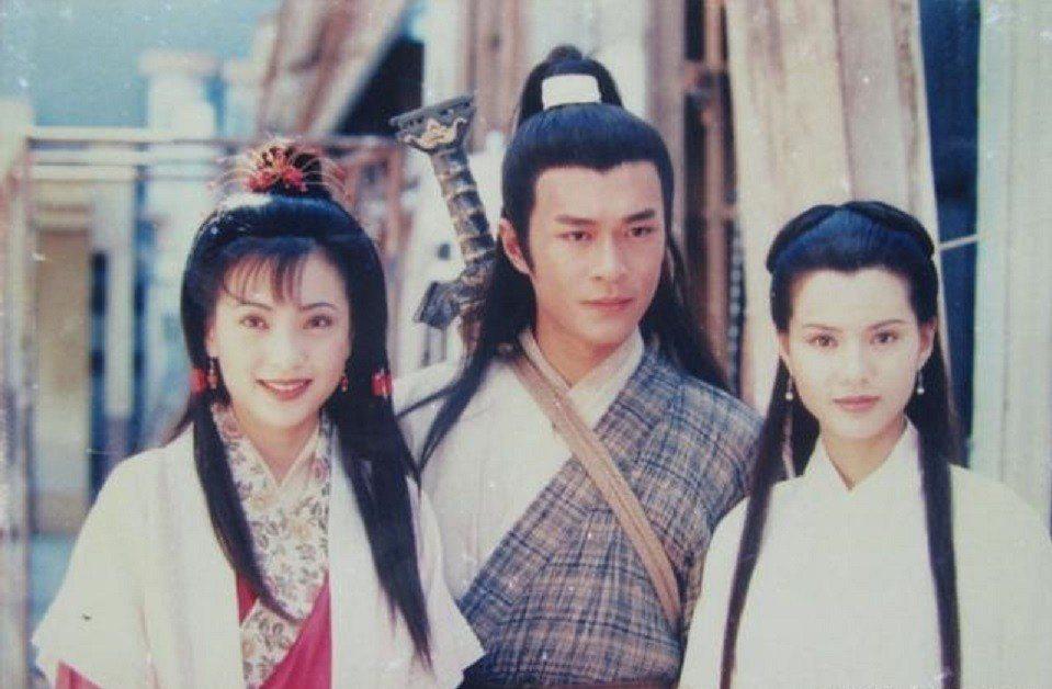 傅明憲(左起)、古天樂、李若彤主演的「神鵰俠侶」,擁有不少忠實粉絲。圖/摘自微博