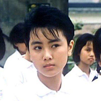袁潔瑩在「開心鬼放暑假」演帶頭惡整老師的班上大姊大。圖/摘自HKMDB
