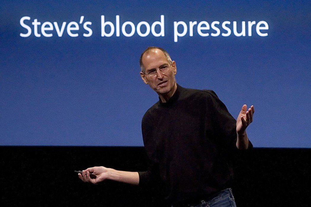 已故蘋果創辦人賈伯斯曾表示,每天都穿黑色高領衫,他更能把時間花在產品上。 (路透...