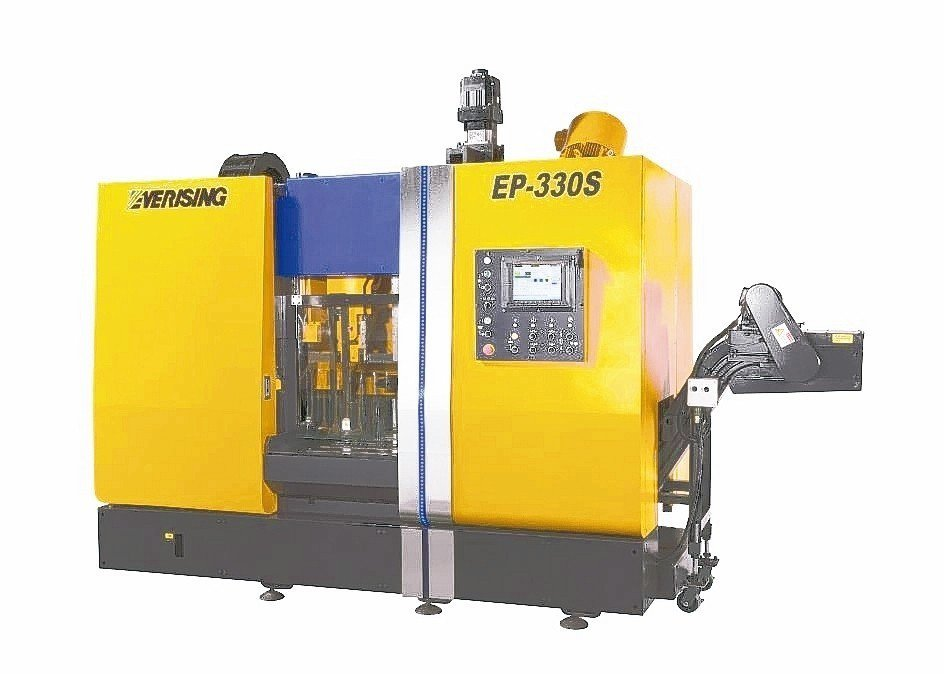 合濟工業EP-330S智能化高速帶鋸機。 合濟工業/提供