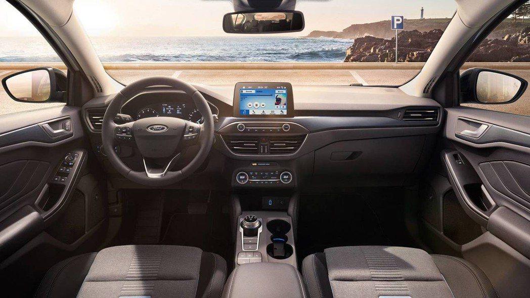 圖為第四代Ford Focus 車室。 摘自Ford