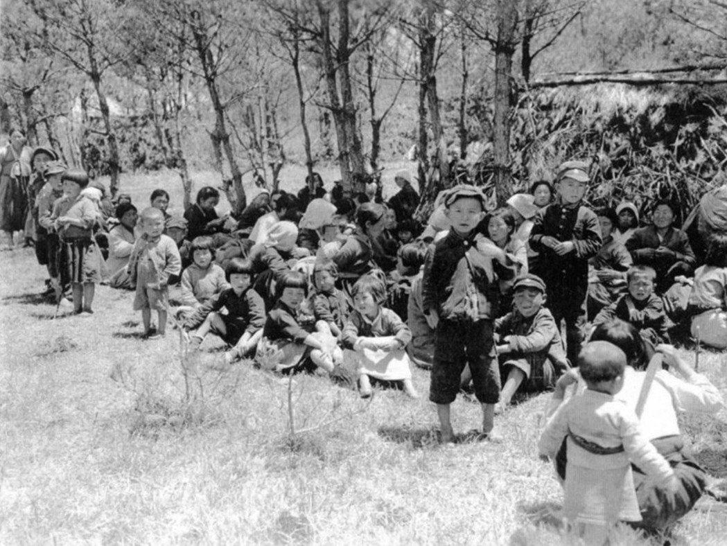 11月宣佈濟州島戒嚴:只要進入離海岸線5公里遠的山腰者,就會被視為暴徒、就地槍決...