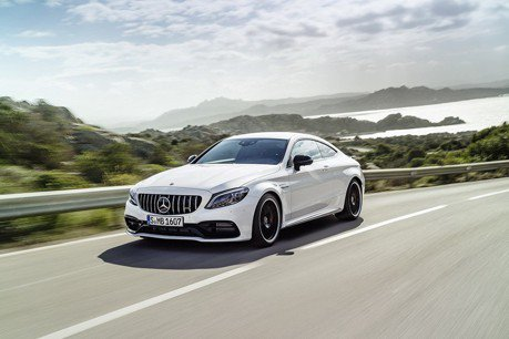 新世代Mercedes-AMG C63將導入油電動力?