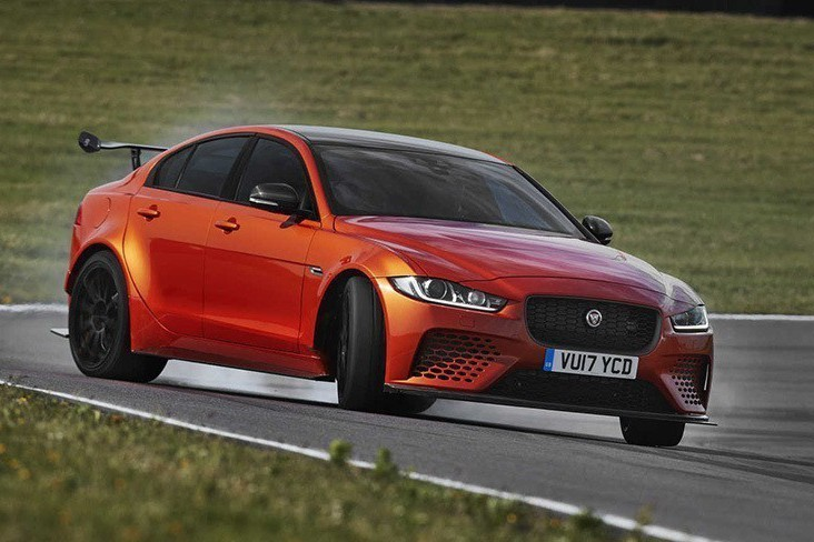 Jaguar XE SVR不會來了!考慮高性能休旅車嗎?