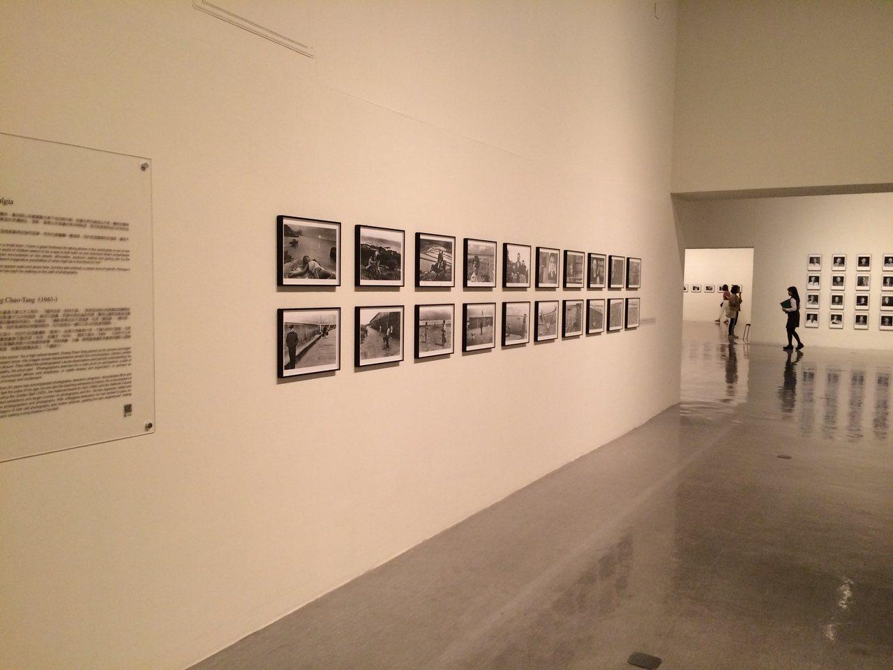 【回望─臺灣攝影家的島嶼凝視 1970s-1990s】 展間