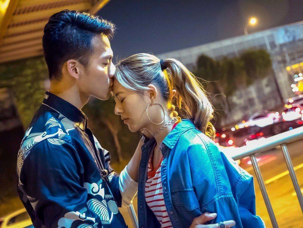 吳念軒與姚亦晴在「翻牆的記憶」中表現亮眼。圖/TVBS提供