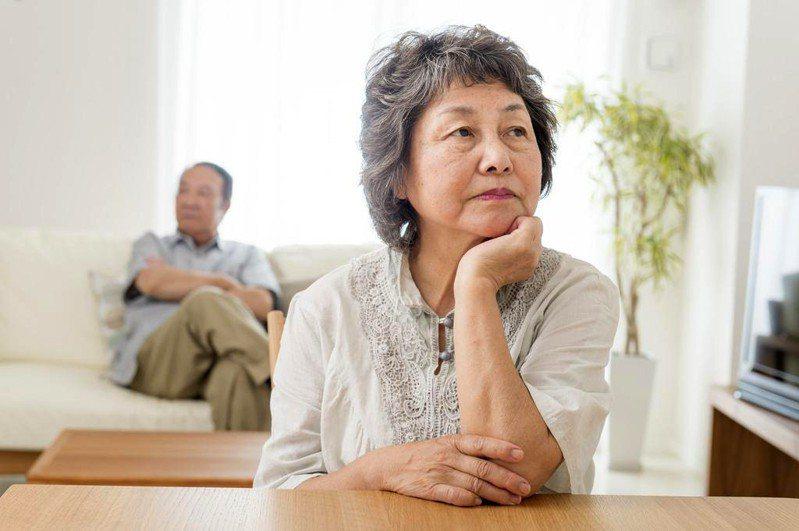 不想成為下流老人 年輕時這件事請優先重視