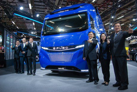 首屆商用車展 E-FUSO Vision One 純電重卡概念車是亮點!
