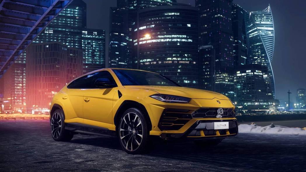 Lamborghini Urus。 摘自Lamborghini