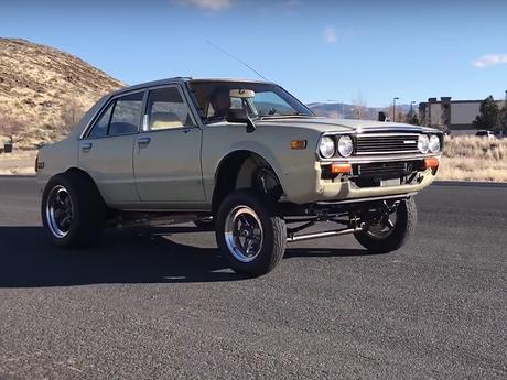 (影音) 70年代Honda Accord 改到跟Bugatti一樣猛!