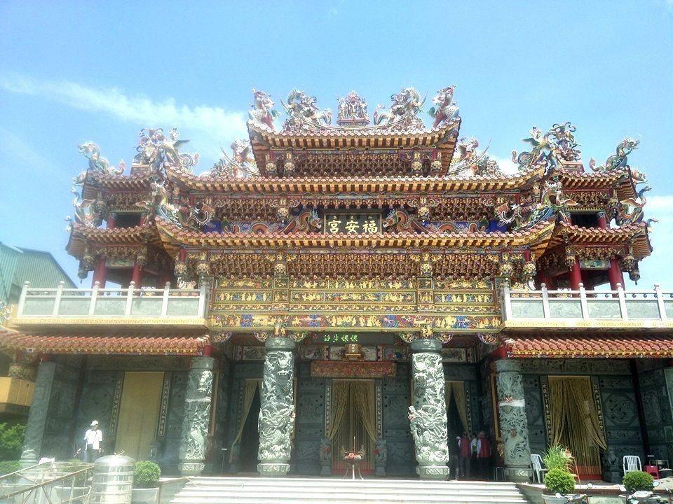 改建中的台南新市福安宮,預計明年完成。記者謝進盛/攝影