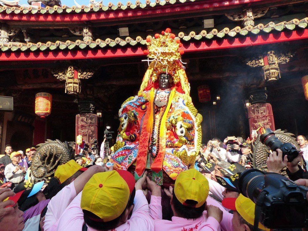 說到台灣媽祖進香史,幾家大宮廟也曾因位階高低、歷史長短生嫌隙,一度不相往來。...
