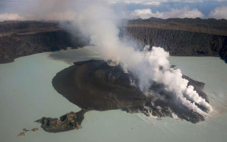 南太平洋島國萬那杜安巴島(Ambae)的馬納洛火山(Manaro Voui)蠢蠢...