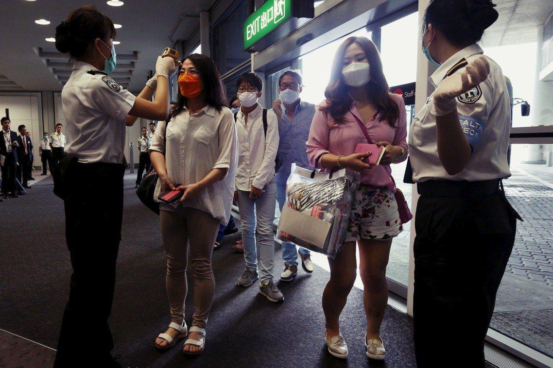 圖為MERS期間,韓國赴港遊客。示意圖片非當事人。 圖/路透社