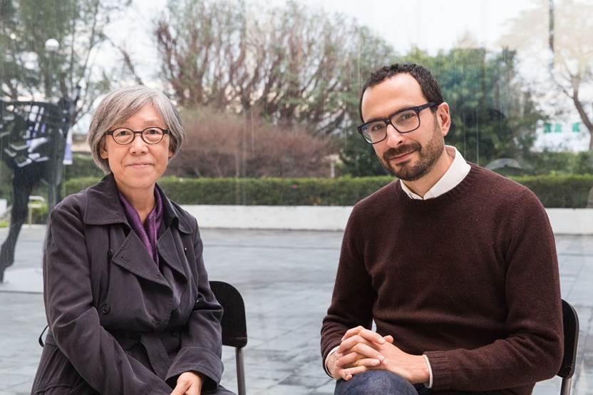 2018台北雙年展策展人 吳瑪悧(左)、范切斯科.馬納克達(右)合影 2018 ...