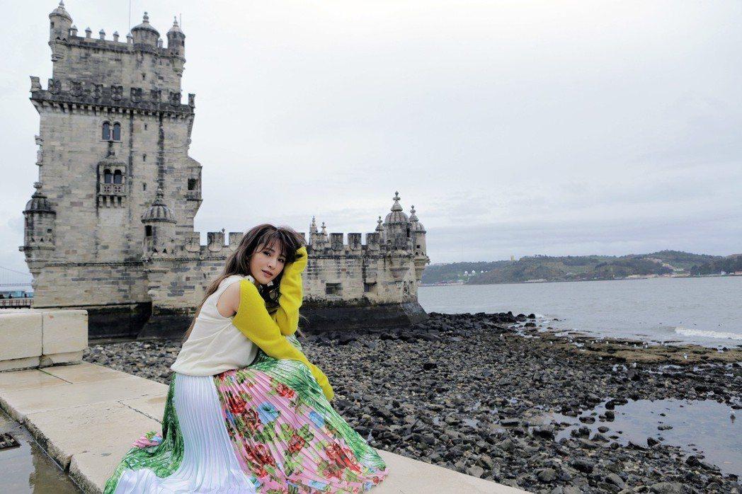 梁文音為新專輯到葡萄牙里斯本取景。圖/環球提供