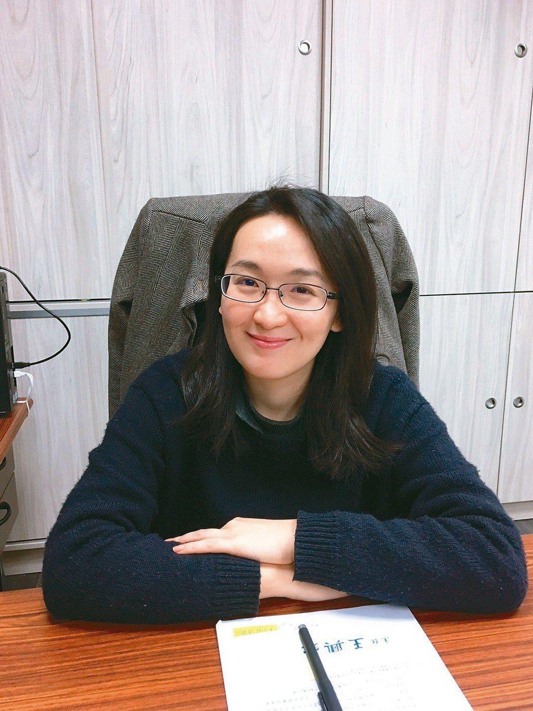 桃園市政府青年事務局長顏蔚慈,是桃市府最年輕女局長。 照片/桃市府提供