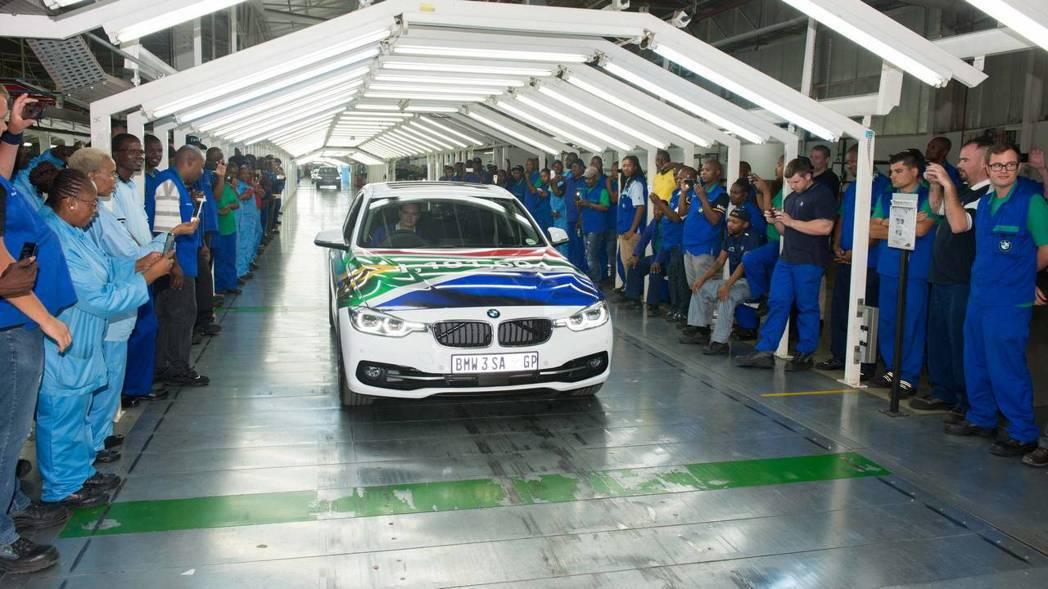 只要是進口車輛都會被課17.5%關稅。 摘自BMW