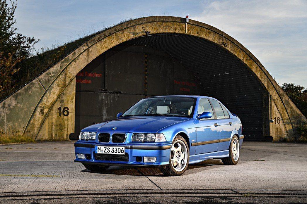 圖為第三代BMW 3-Series(E36)。 摘自BMW