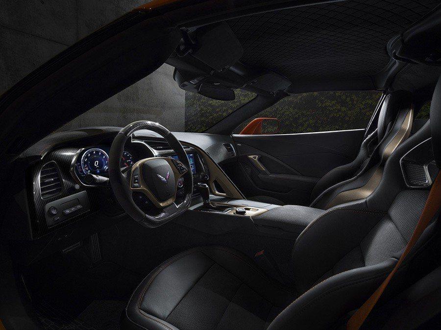 Chevrolet Corvette ZR1 內裝戰鬥感十足。 Chevrole...