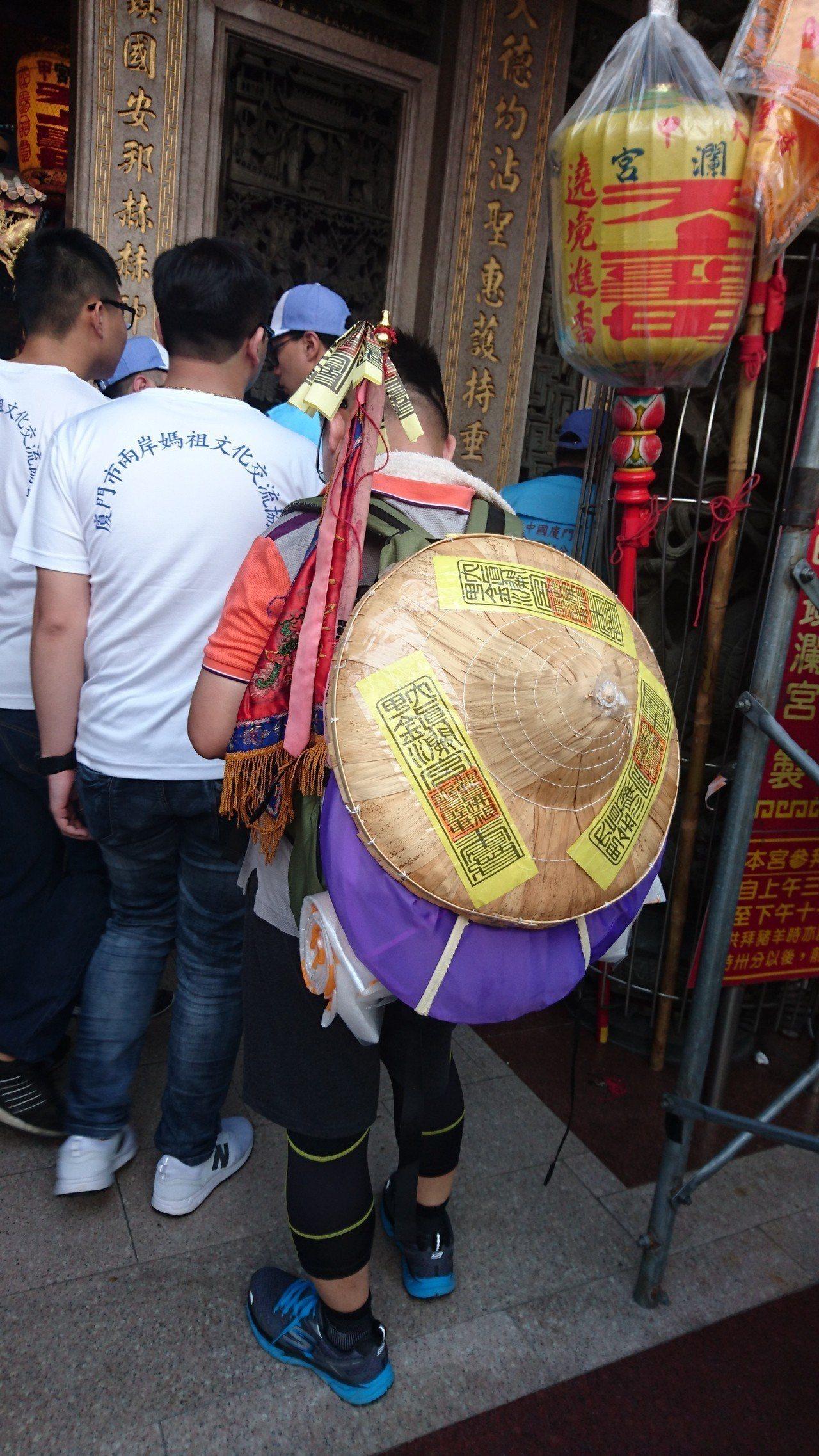 媽祖遶境進香是兩岸的重要文化活動,連廈門都派人前來參加全程遶境,同時感受台灣地方...