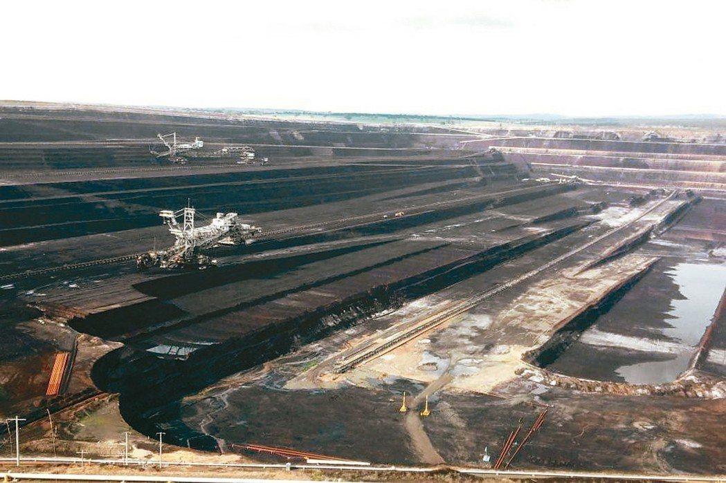 澳洲展開全球第一個利用褐煤製造氫的「乾淨能源」前導計畫,圖為維多利亞省「洛伊洋」...