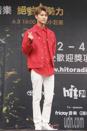 Hito流行音樂獎六月登場,下午在台北西門紅樓舉行造勢活動,也進行歌手拉票會,入圍最受歡迎女歌手的曾沛慈、入圍最受歡迎新人的王子邱勝翊與J.Sheon都現身活動演唱並拉票。