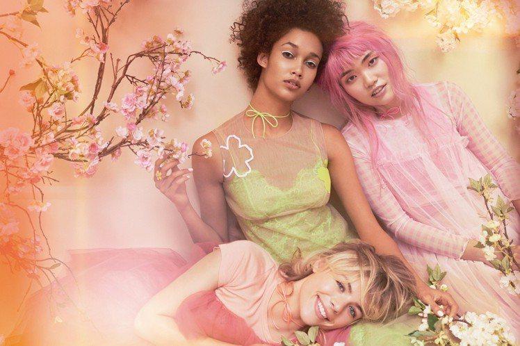 飄散夢幻泡泡的粉紅系香水,讓少女心大噴發。圖/Jo Malone提供