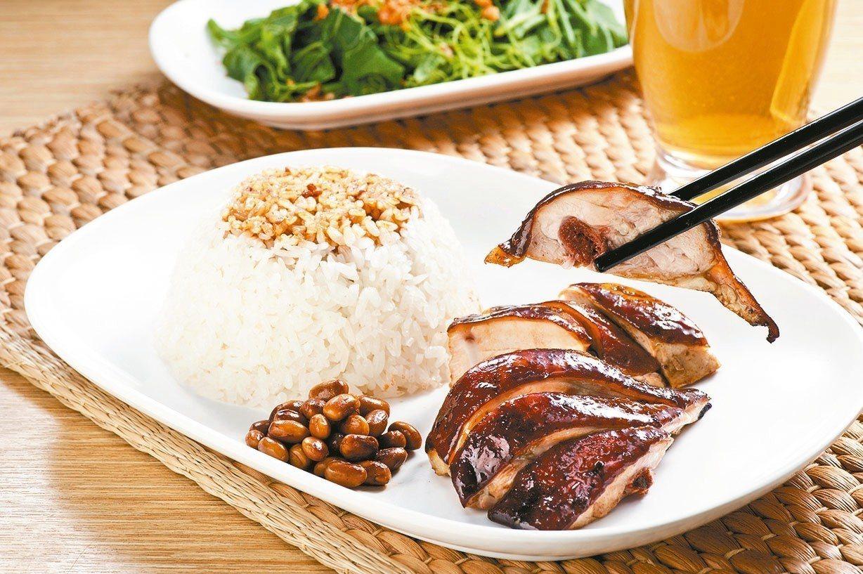 米其林一星美食「了凡香港油雞飯麵」進駐台北101,預料再掀起饕客大排長龍。 圖╱...