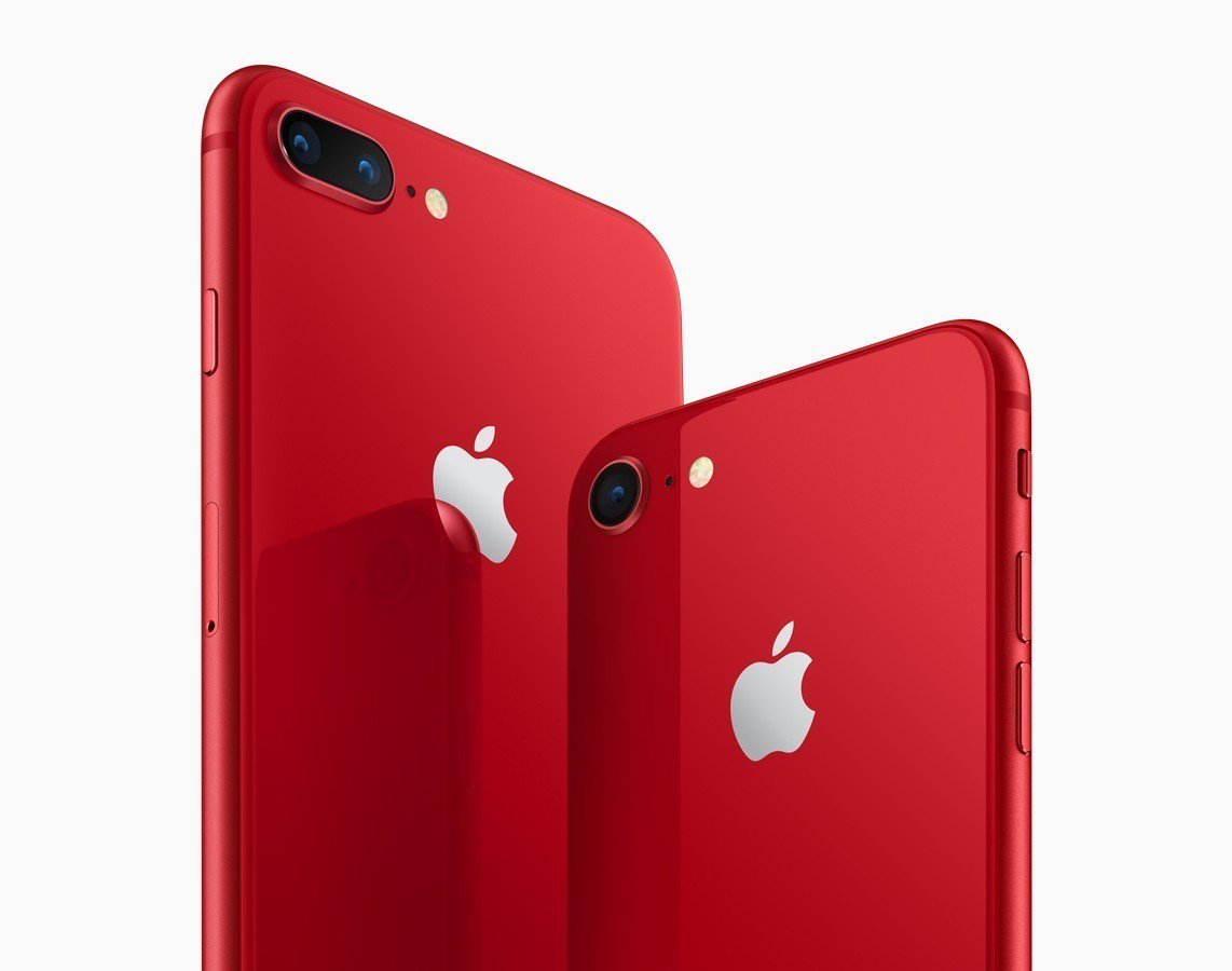 iPhone 8與iPhone 8 Plus (PRODUCT)RED特別版。圖...