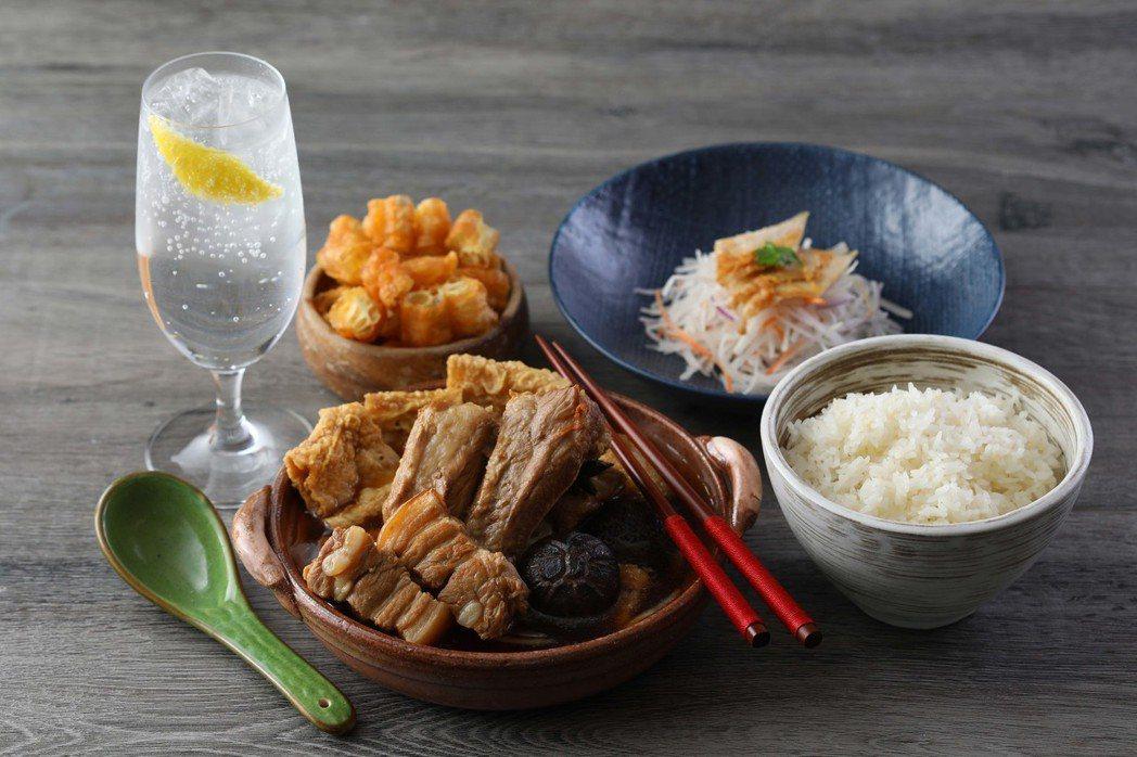 Asia 49星洲肉骨茶飯套餐NT$199元 。