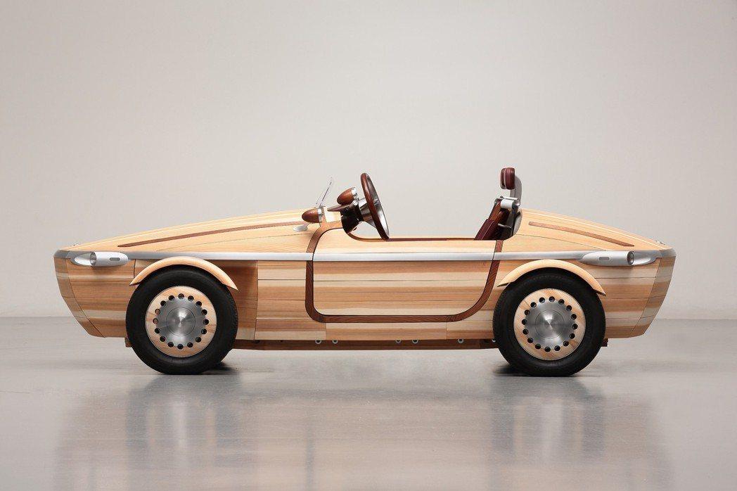 Toyota以木材製作的微型跑車Setsuna Concept。 圖/TOYOTA提供
