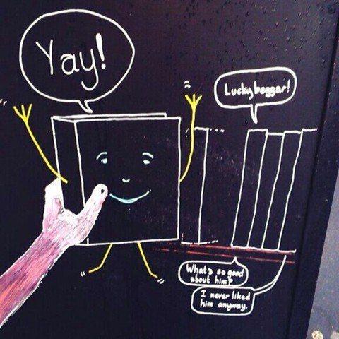 認真救書了!英國實體書店的逆襲:W for Waterstones
