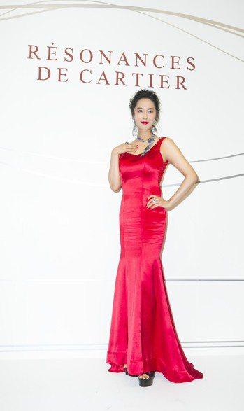 朱茵出席卡地亞珠寶展,身上配戴珠寶總價超過3億5,000萬元。記者/陳立凱攝影