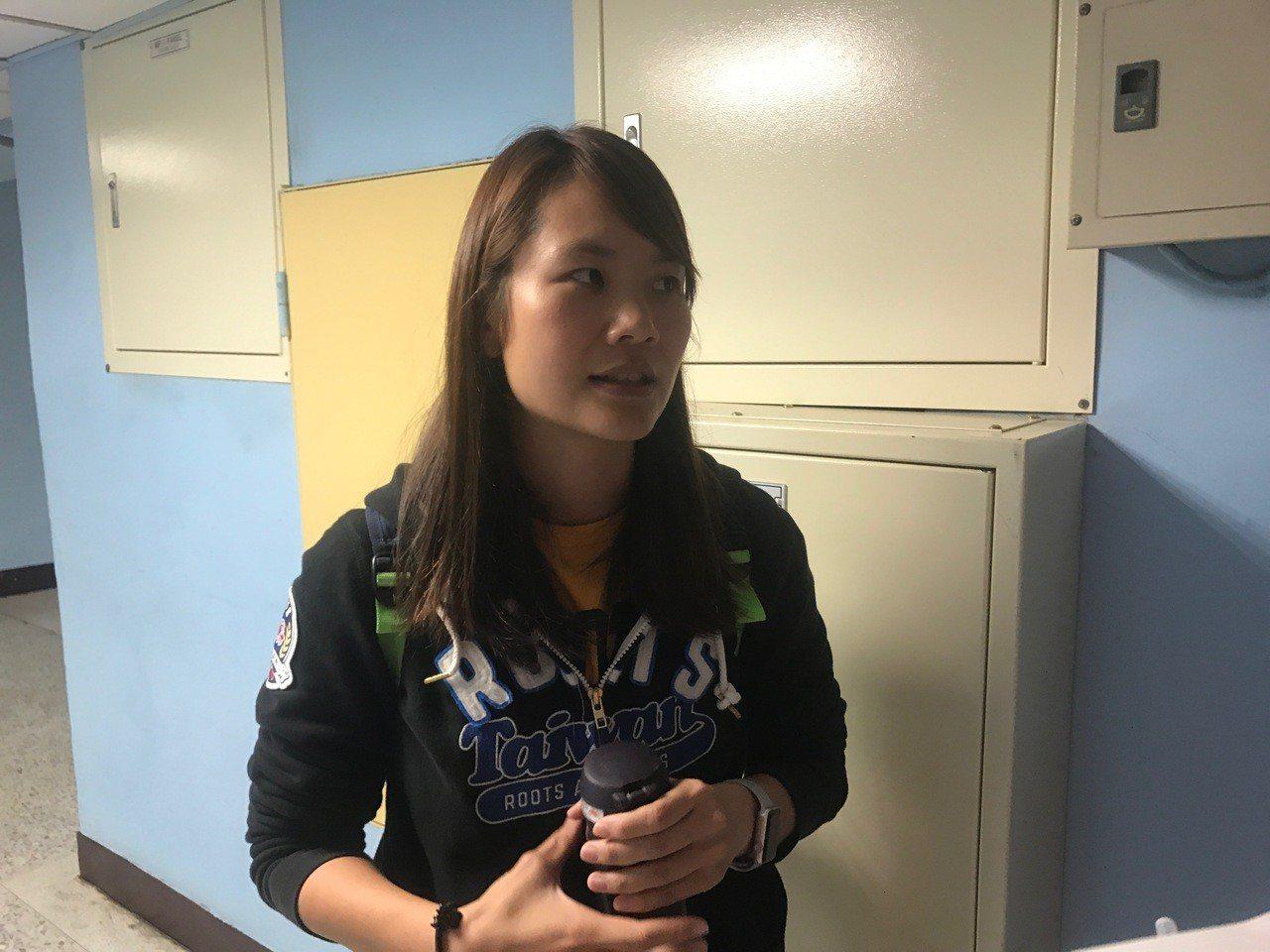 黃綉婷從乙級球員上感受到對籃球的熱愛。記者毛琬婷/攝影