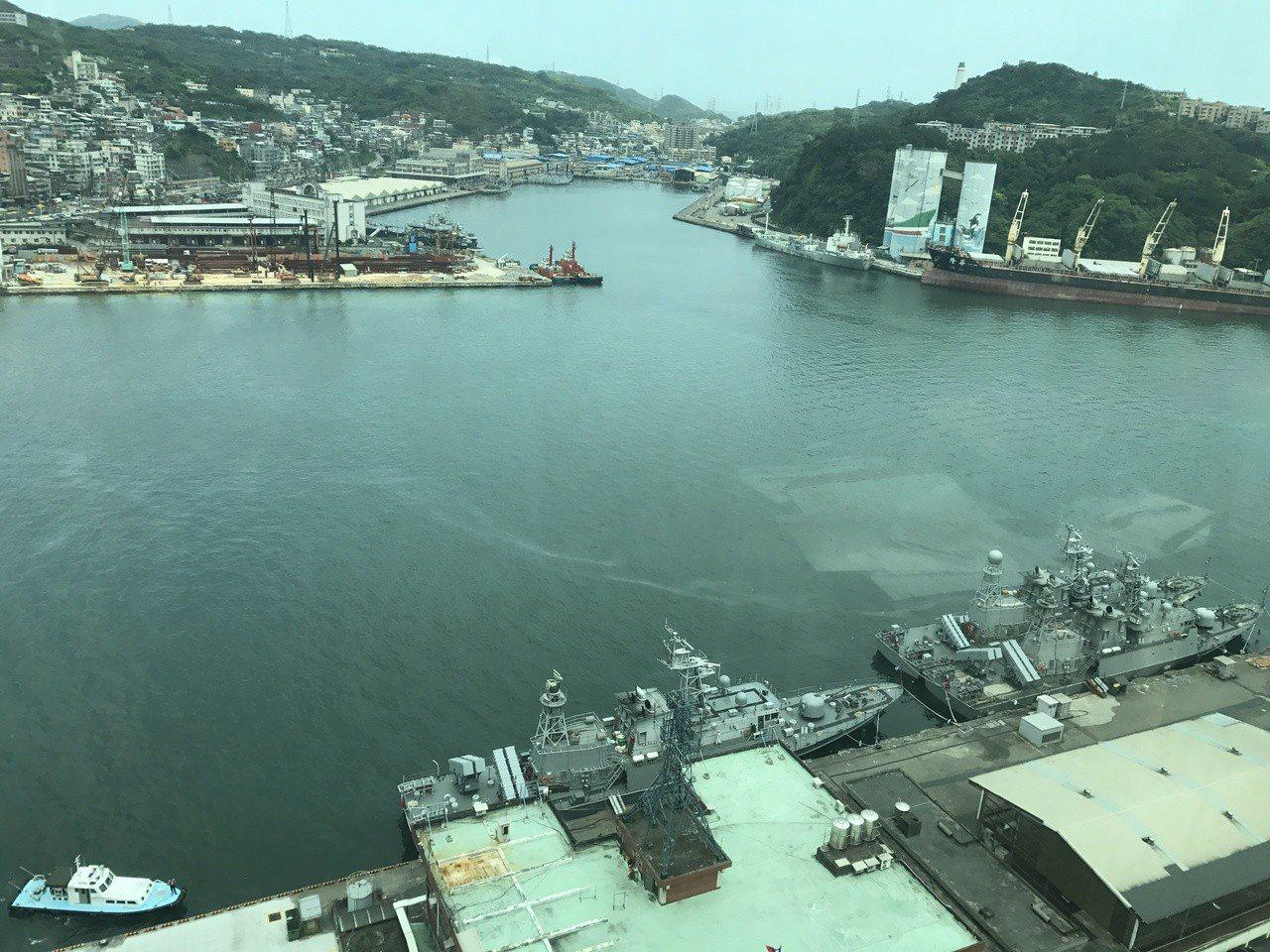 軍港遷移,東櫃西遷,基隆港這幾年會有很大的變化。記者吳淑君/攝影