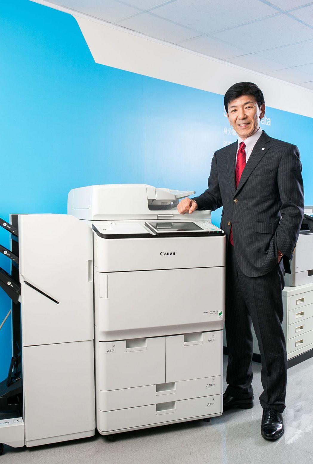 台灣 Canon 高橋充夫 副總裁表示,Canon將積極在台灣市場提供更多樣性的...