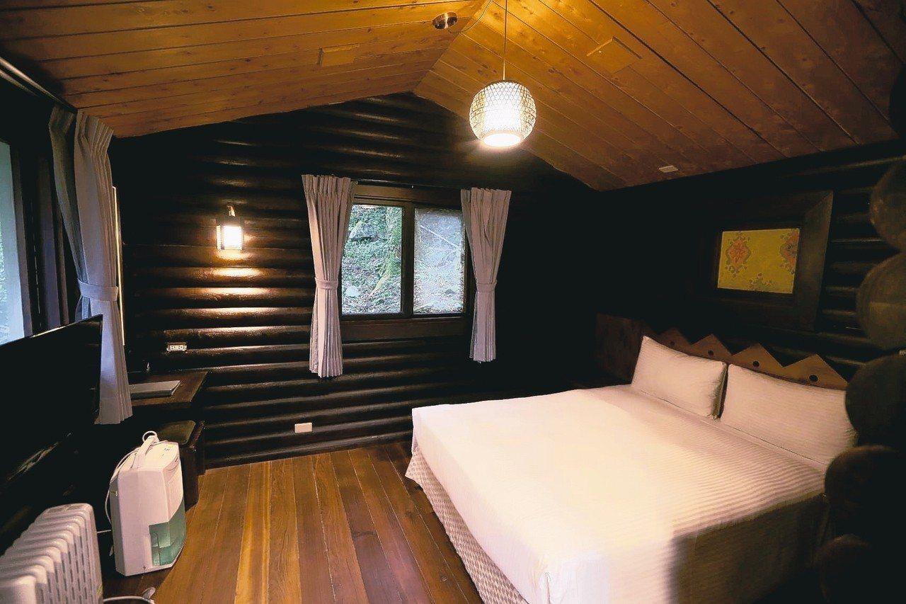明池山莊位於明池神木旁的小木屋有生子房美稱。 記者余承翰/攝影