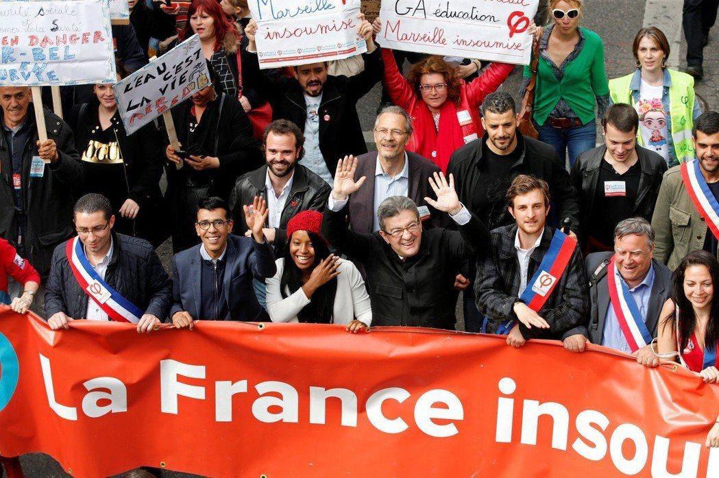 「馬克宏政府不夠大方!」極左的「不屈法國黨」在2017年大選獲得11%的全國支持...