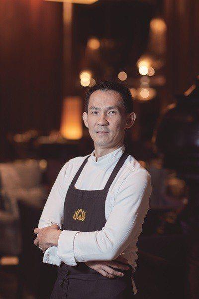 許多名人非常喜愛主廚Chayawee的非凡烹飪藝術。