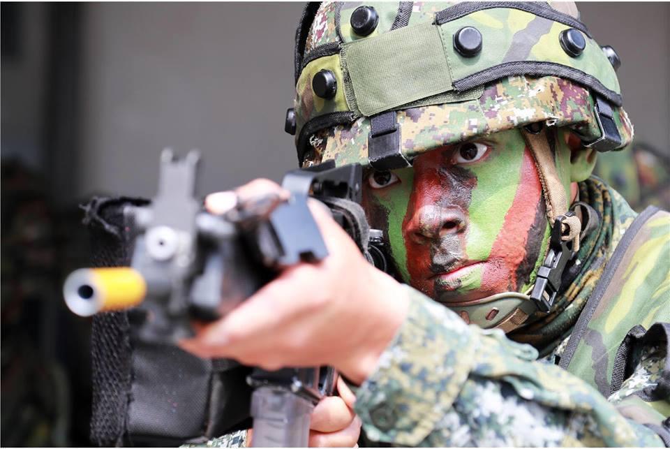 國軍近年也開始運用雷射接戰系統從事訓練。圖拮自國防部青年日報社